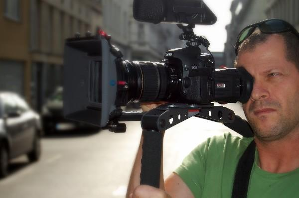 Bbc Freelance Cameraman Johnnie Behiri On Dslr Video
