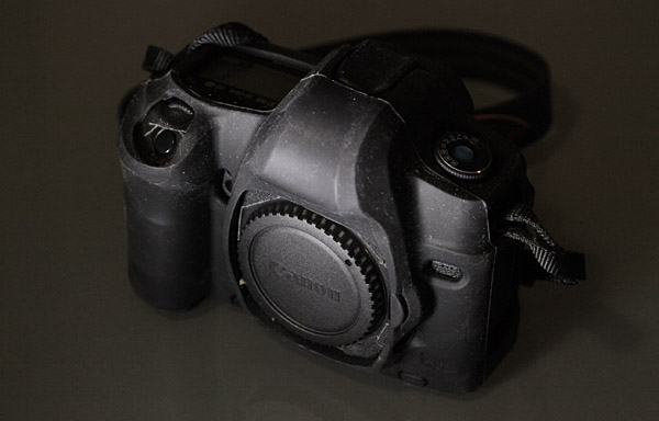 5DmkII all dressed up in a Camera Armor rubber suit