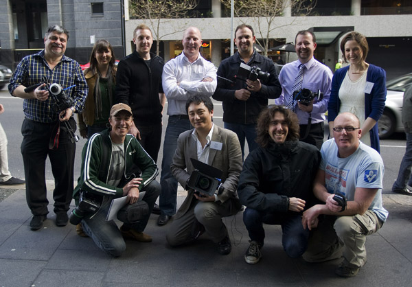 Teaching video to newspaper photographers from New Zealand and Australia at the PANPA Future Forum in Sydney.(photo by Lucy Tan)