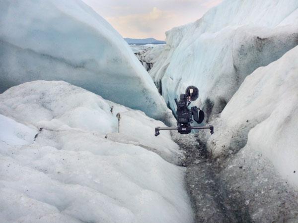 Duzi on a glacier