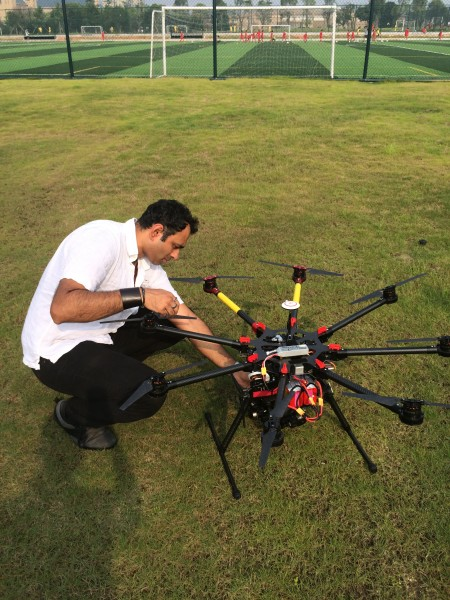Setting up the DJI S1000. Photo by Lucy Watson/ITN
