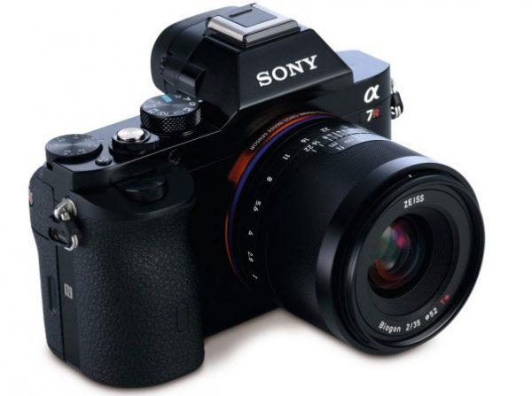Loxia-35-mm-4-622x592