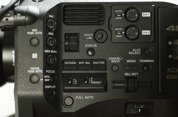 The controls of the FS7