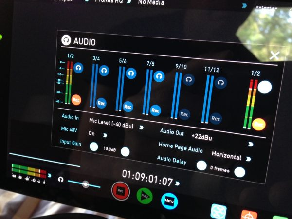 The audio level display is clear and accurate