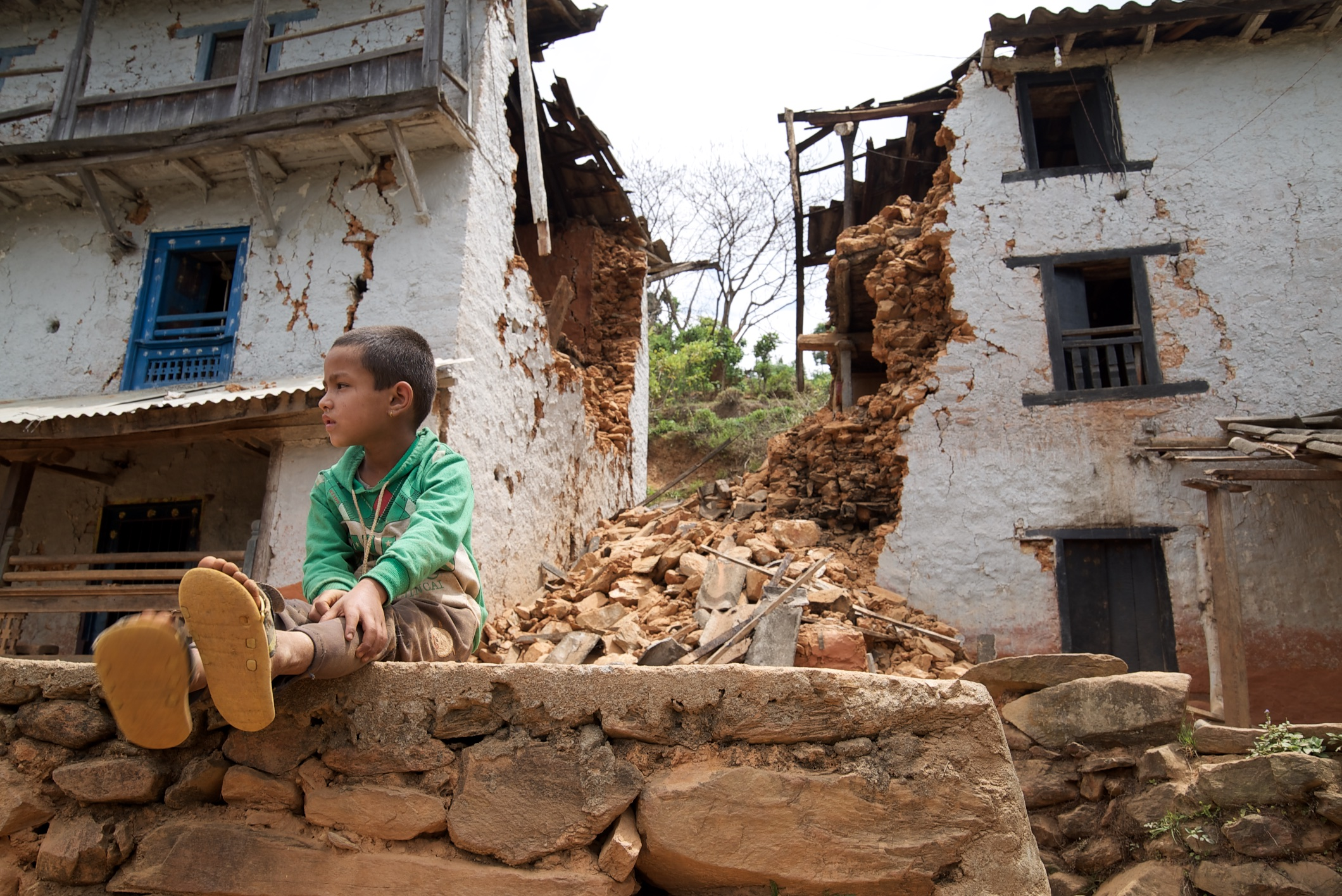 Filming the aftermath of the Nepal earthquake – Pete Pattisson shoots for the Guardian on the Sony a7S