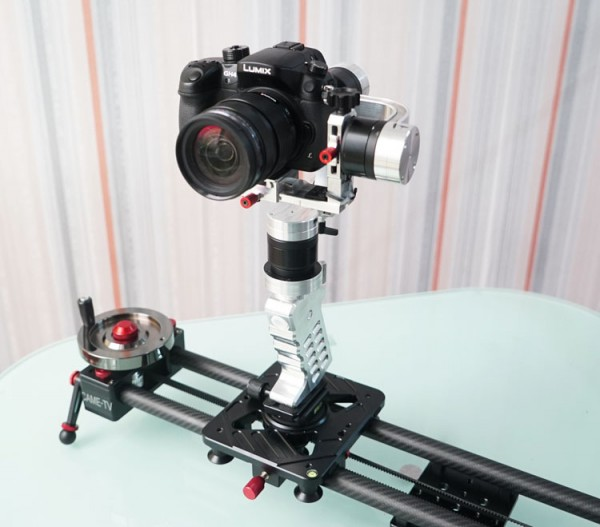 The gimbal can be used as a hot head on a slider