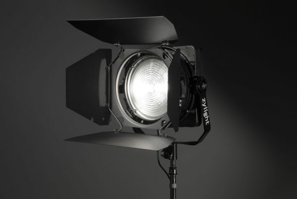 Zylight F8-200 LED fresnel