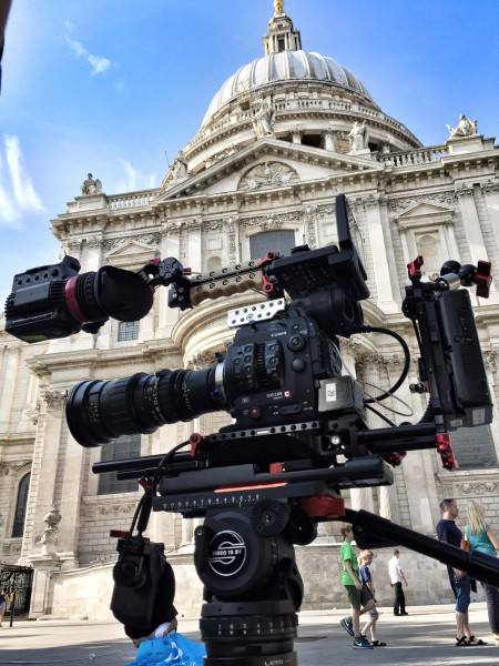 The C300 mkII with Zacuto Recoil rig and Gratical EVF