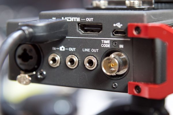 The timecode inputs of the Tascam DR701D