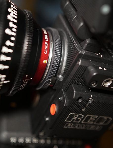 The Raven's locking EF lens mount