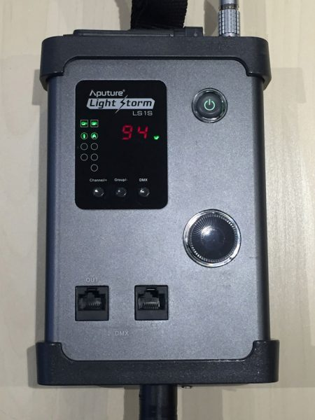 The light's controller isn't integrated into the main body, which has both advantages and drawbacks.