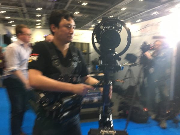 The 1-Axis PRO seemed easy to operate for those used to Steadicam.