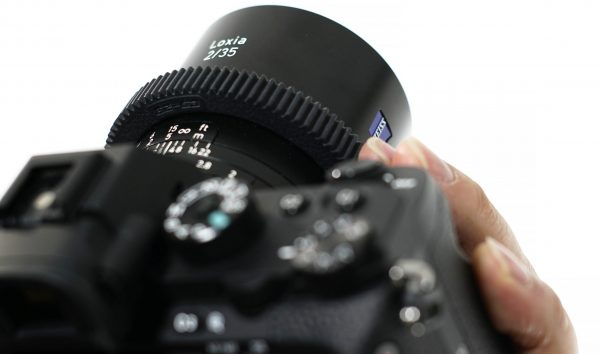The gears don't look out of place on a Zeiss Loxia lens