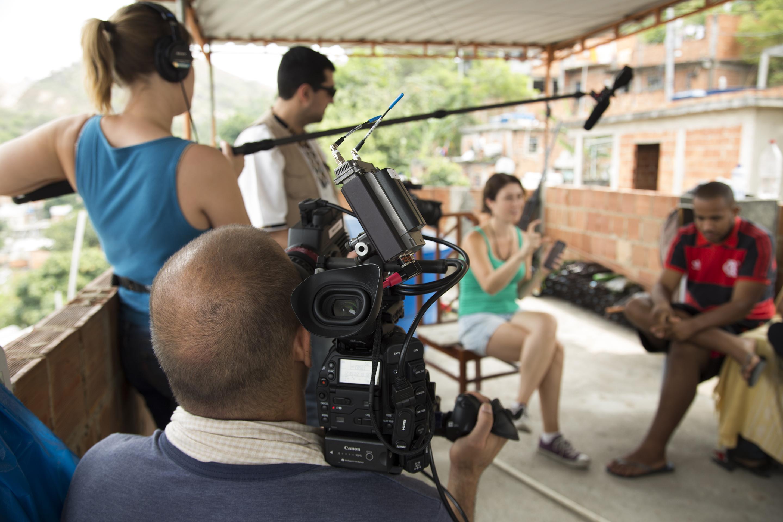 Orlando de Guzman explains how he records sound for Cinema Verite documentaries