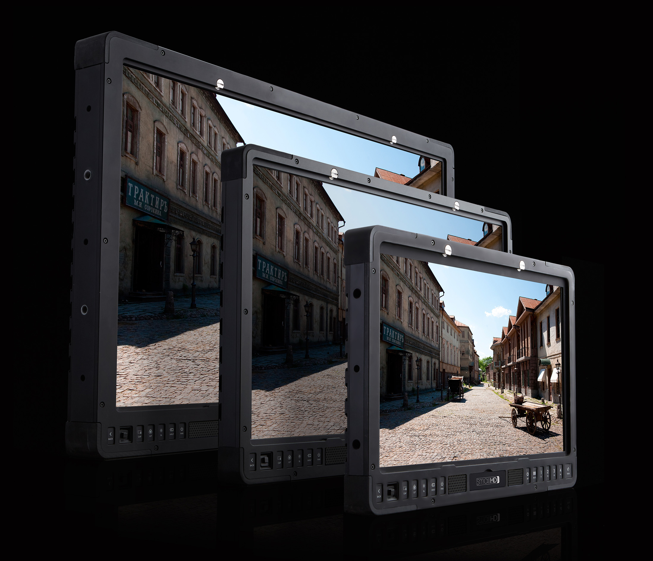 smallHD goes big- announces 17-inch, 24-inch and 32-inch