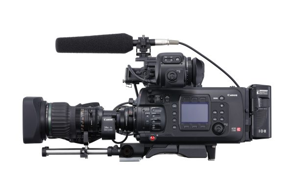 The C700 is designed for shoulder mounting