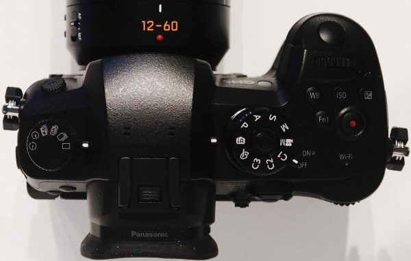 The 6K mode is seen on the mode dial