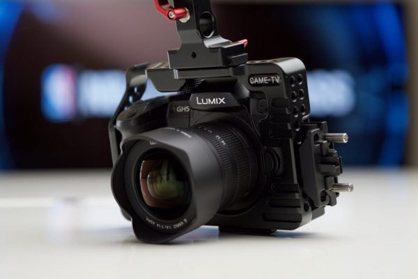 The CAME-TV GH5 cage works with the GH5's port protector
