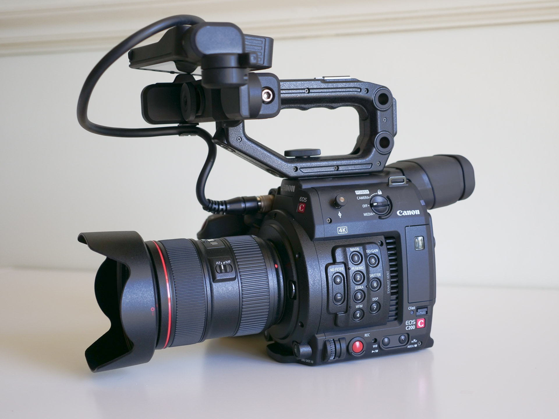 Canon C200 hands-on: 4K 60p, touchscreen AF, Canon Cinema RAW Light