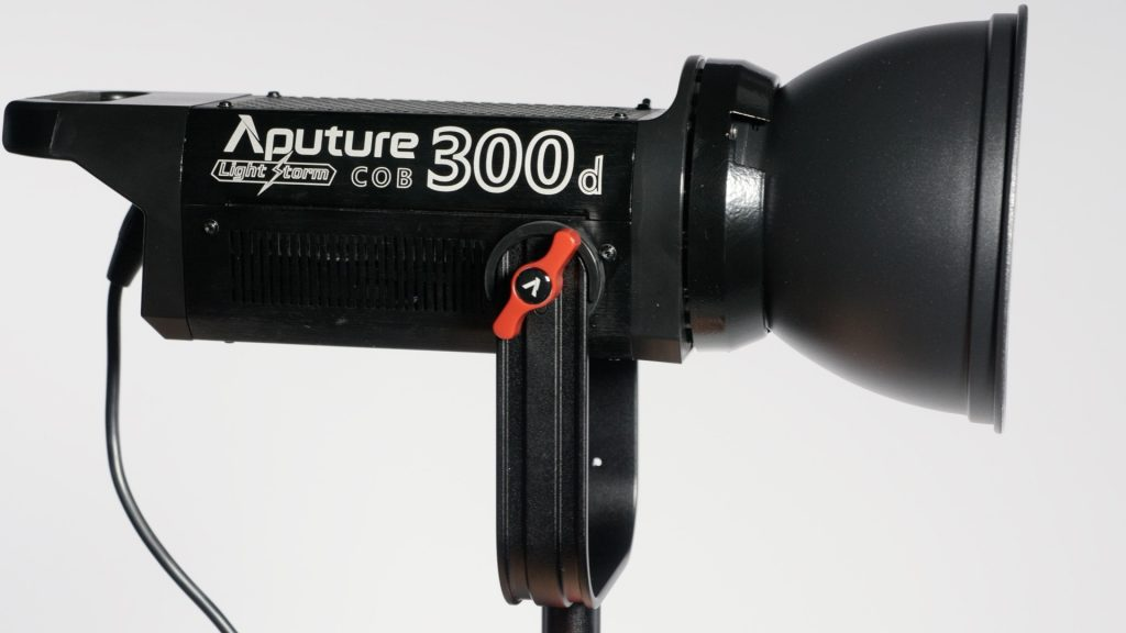 Aputure 300D light