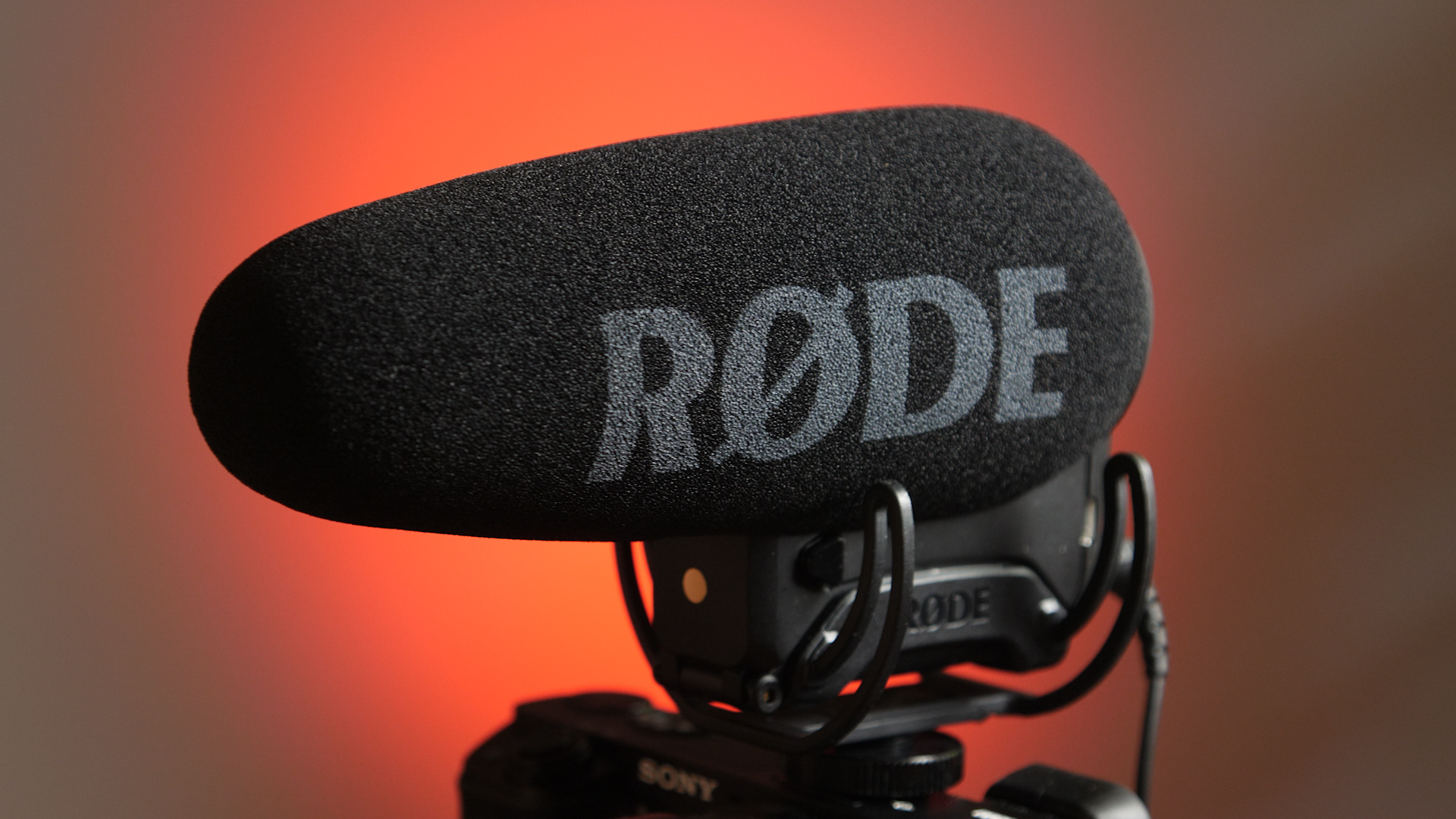 Rde Videomic Pro Is It Worth The Upgrade Newsshooter Rode Microphone Rycote Side