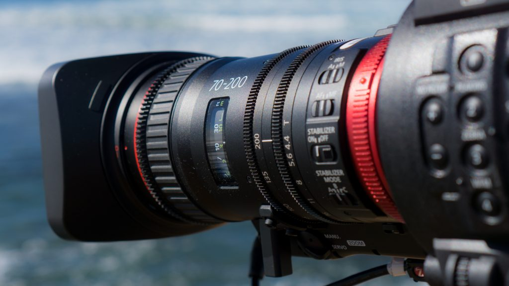 Canon Compact Zoom 70-200