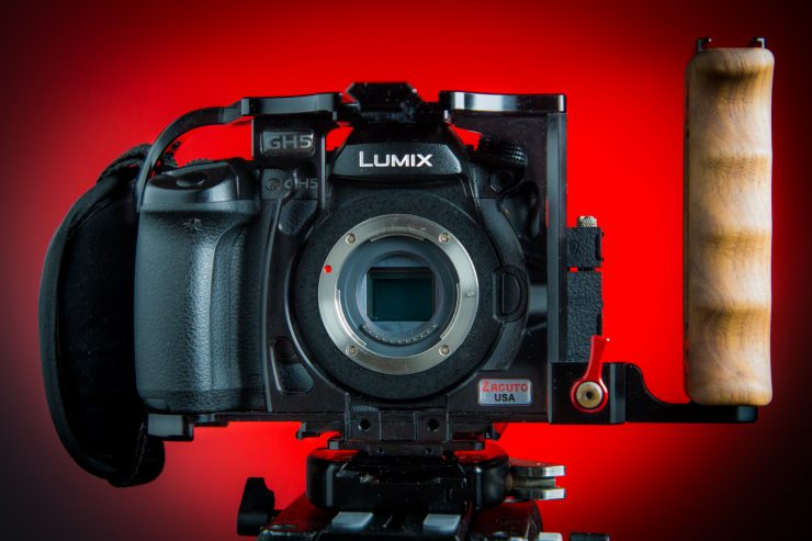 GH5 Zacuto Cage front