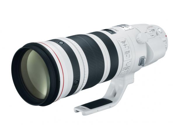 Nikon's new 180-400mm f/4 lens gets a built-in 1.4x teleconverter