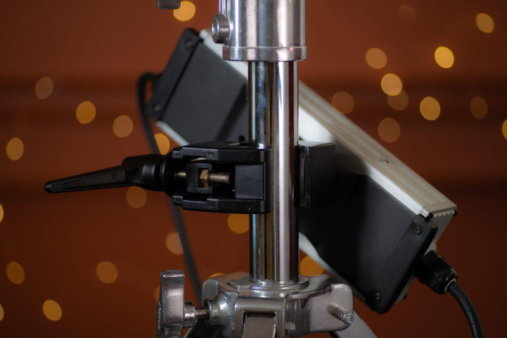 Fiilex Matrix II RGBW_Ballast back with clamp