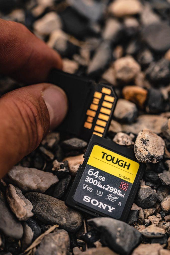 sony TOUGH-6