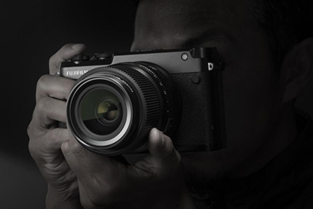 Fujifilm GFX 50R and GFX 100 medium format monsters