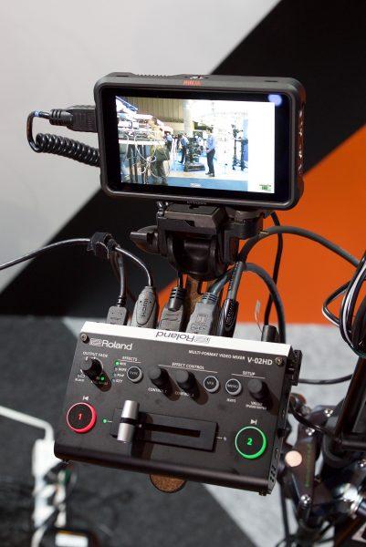 roland v 02hd multi format video mixer interbee 2018 newsshooter. Black Bedroom Furniture Sets. Home Design Ideas