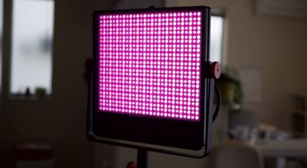 Luxli Timpani RGBAW 1x1 led light set to pink