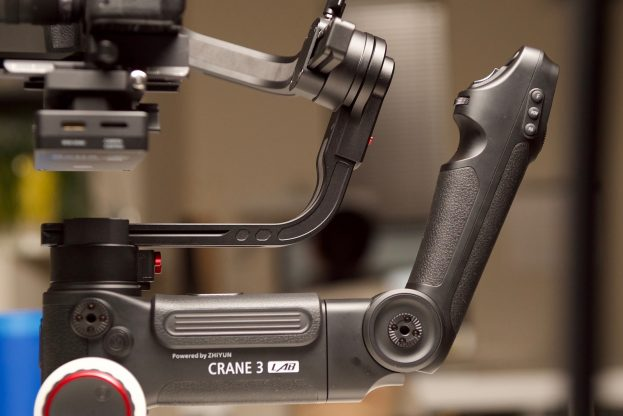 The secondary handle on the Zhiyun Crane 3 Lab