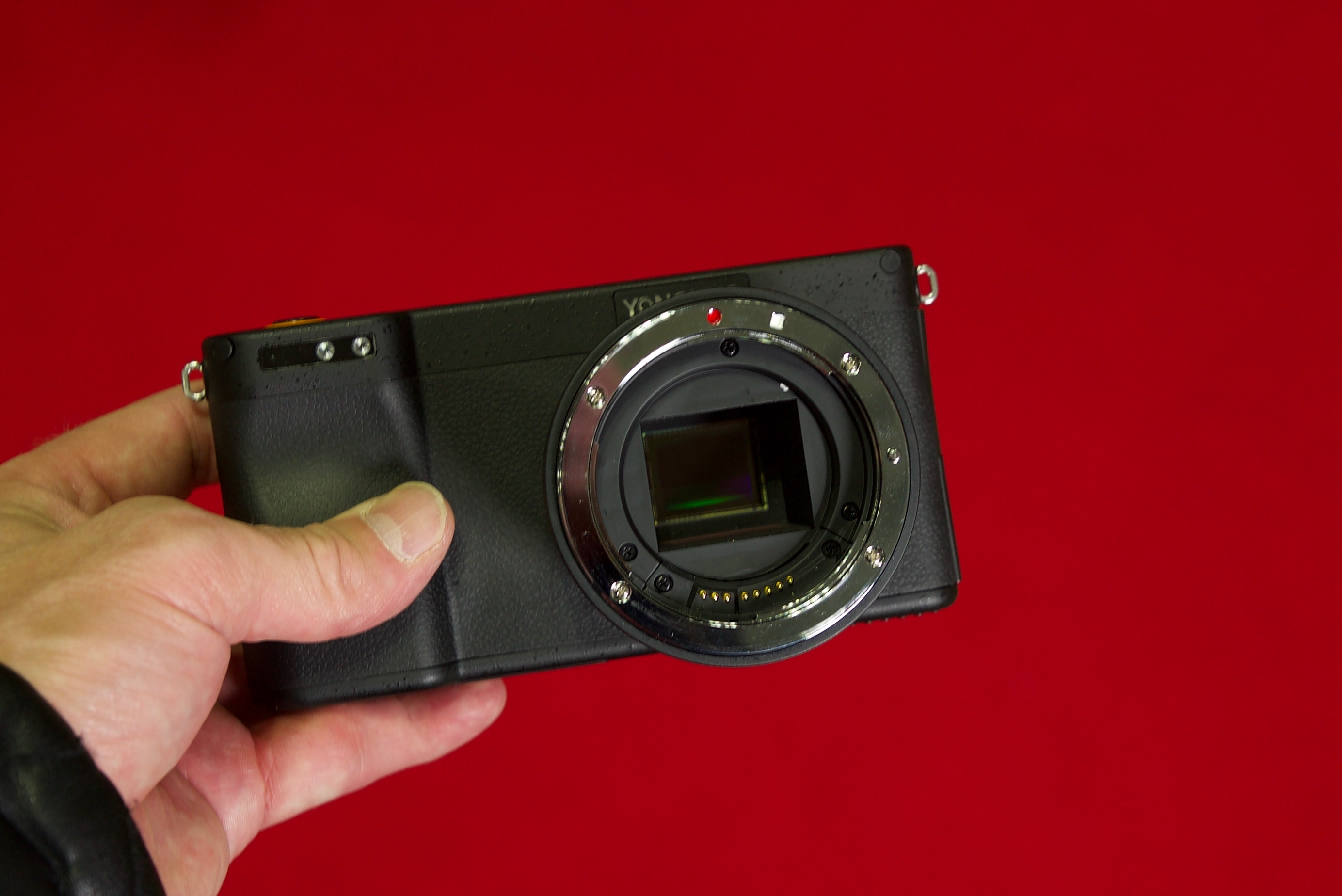 Yongnuo YN450 Android-powered mirrorless camera CP+ 2019