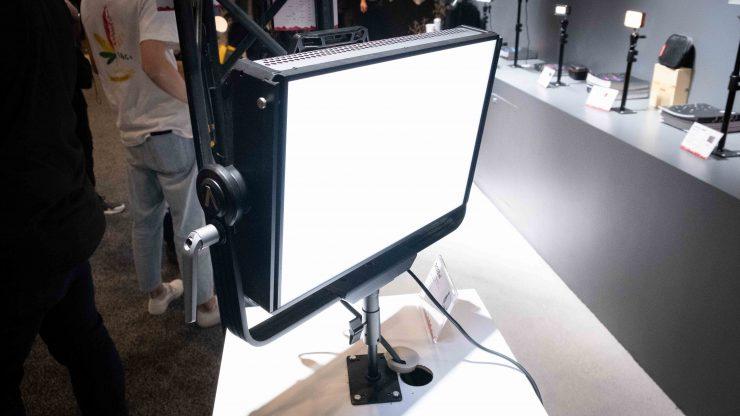Aputure RGBW Front