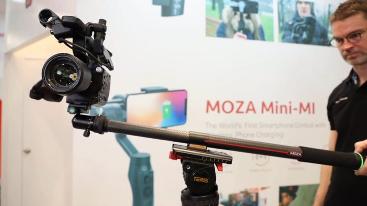 Moza SlyPod – the world's first motorized monopod