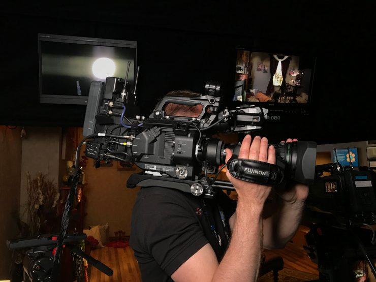 lens adaptor shoulder mount
