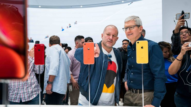 Apple update tim cook jonathan ive 062619