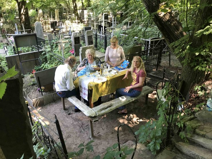 Kiev Cemetery picnic with Viktor Valeria and Steph Degroote