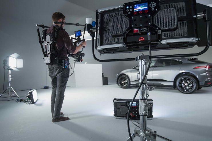 On set with the Rotolight Titan X2 1