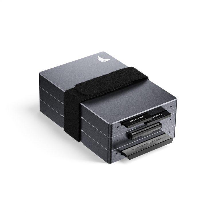 AV PRO CFX CFexpress Card Reader stack