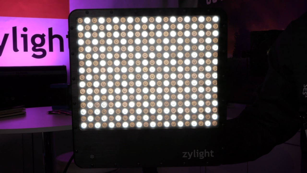 Zylight Go Panel with Active Diffusion