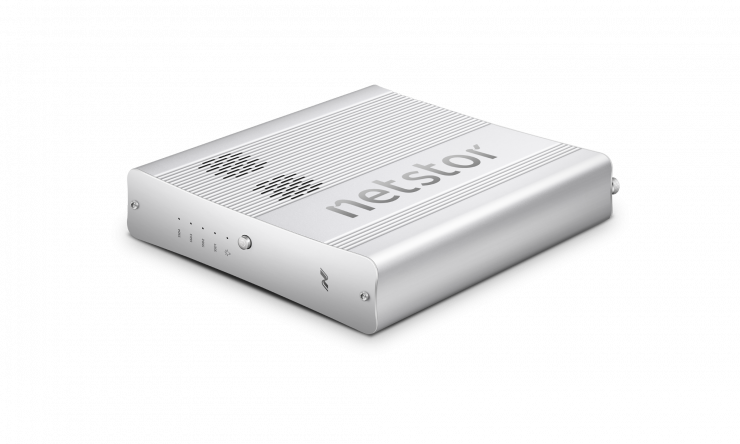 Netstor NA622TB3 - World's First Thunderbolt 3 External M.2 SSD Storage with Built-in PCIe Switch - Newsshooter