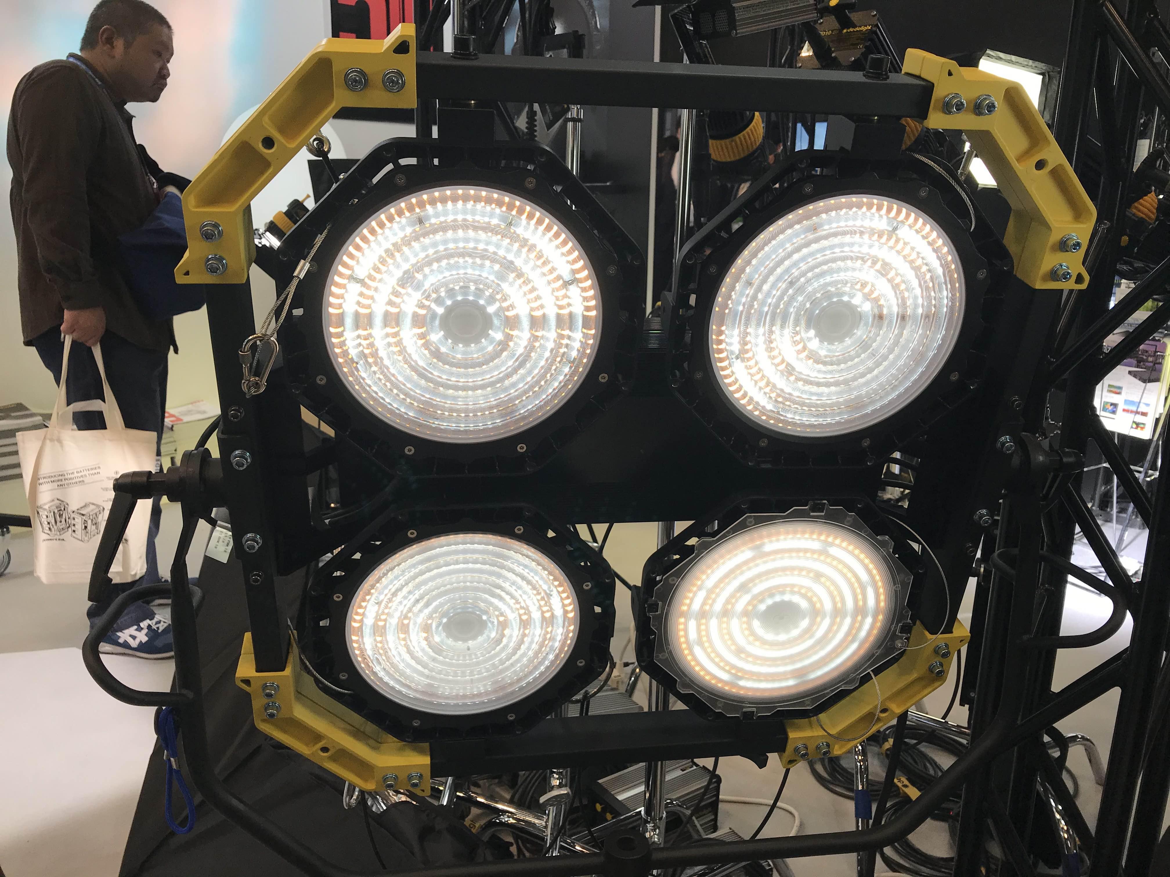 Lightstar Luxed 4 Newsshooter