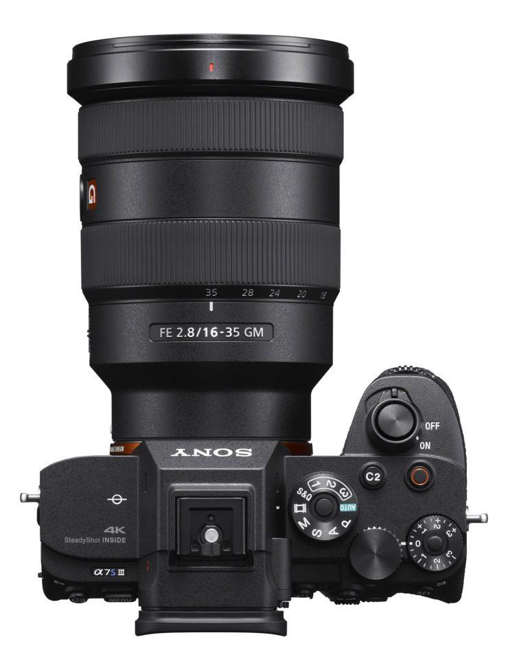 Alpha 7S III top SEL1635GM