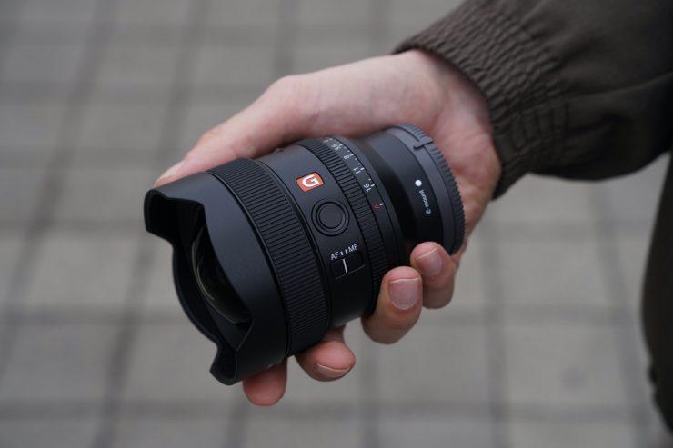 SEL14F18GM Compact 02 DSC00656