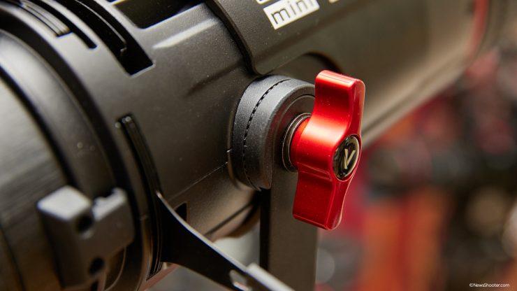 Spotlight Mini Zoom tilt lock