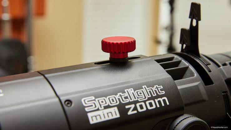 Spotlight Mini Zoom zoom knob