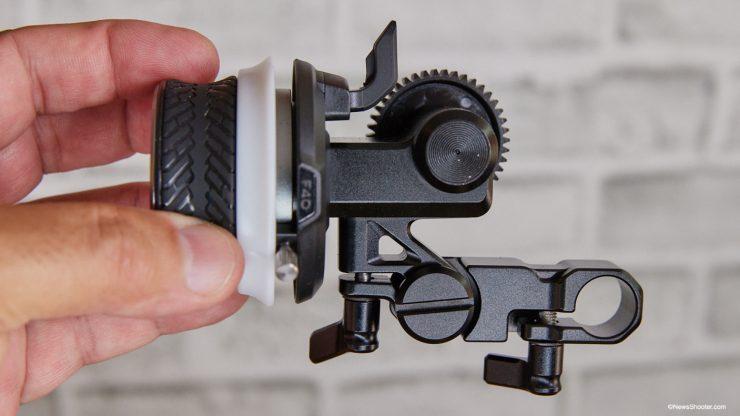 SmallRig Mini Follow Focus 15mm mount extended